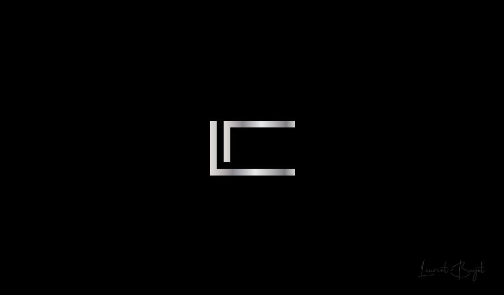 logo luxe metal c
